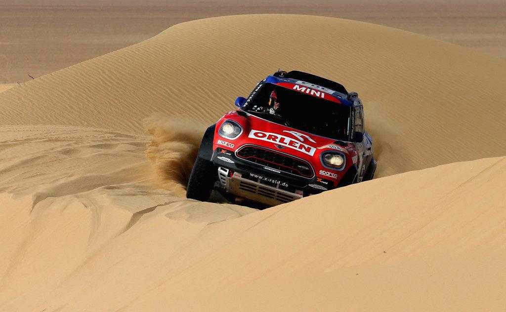 Kuba Przygoński ma spore szanse na dobry wynik w zbliżającym się Rajdzie Dakar (zimbio.com/Francois_Nel).